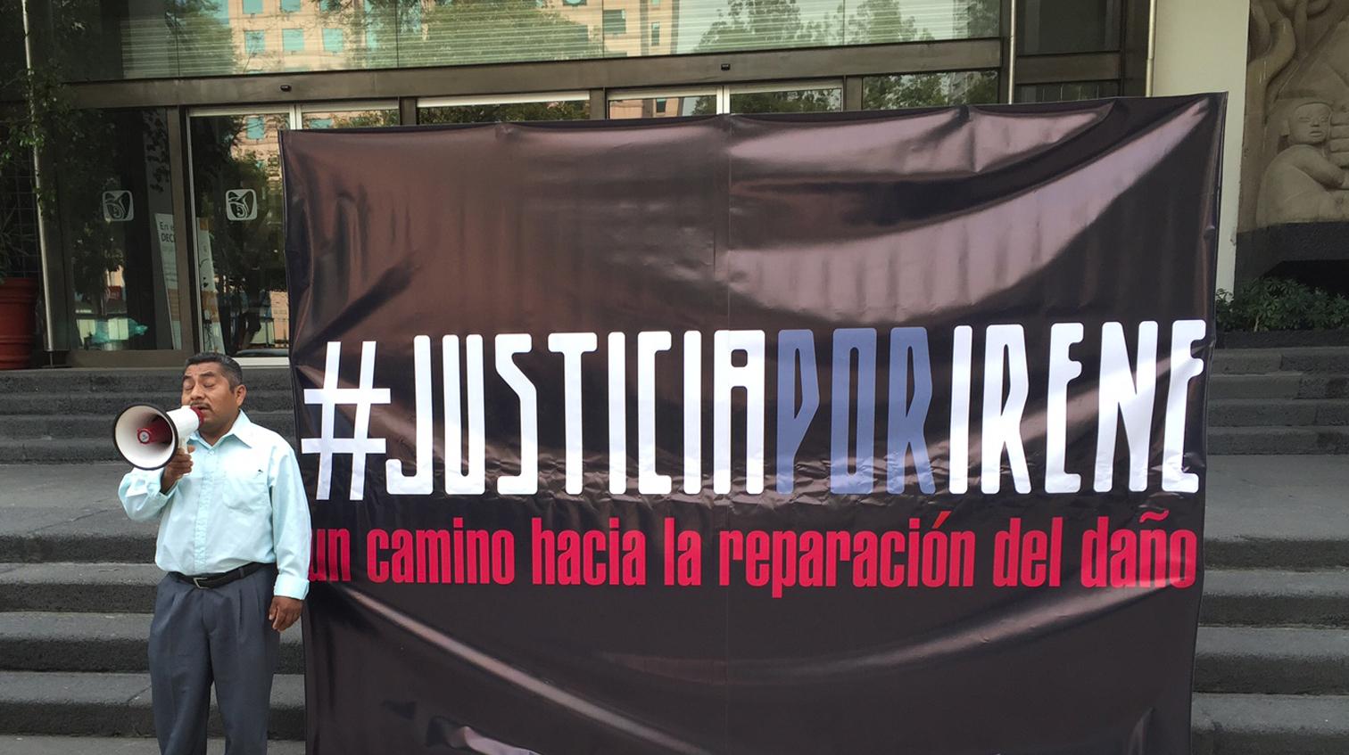 Amnistía Internacional y Fundar entregan al Director del IMSS firmas de apoyo al caso Irene Cruz Zúñiga